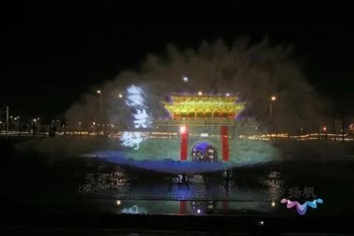 观扬州东站光影水秀有感